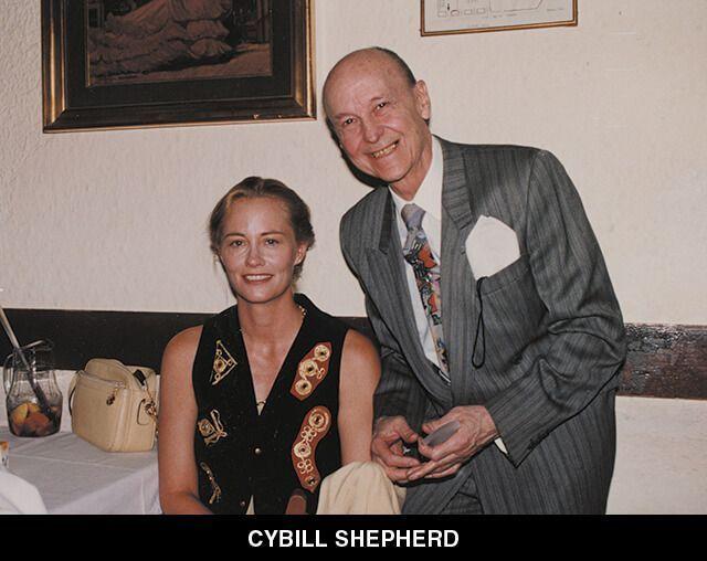 44 - CYBILL SHEPHERD